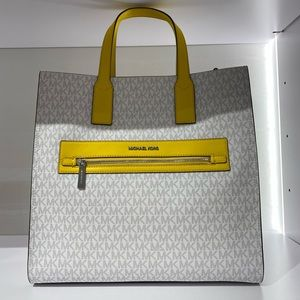 New Michael Kors Kenly Large North South Tote